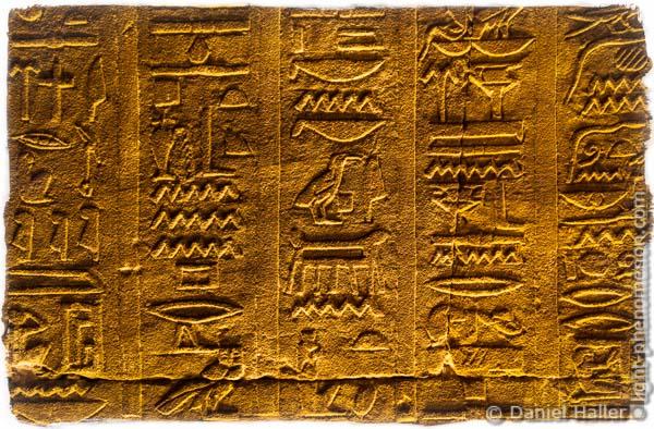 Hieroglyphen, Doppeltempel von Kom Ombo, Oberägypten, Hieroglyph-0592 - light-phenomenon.com