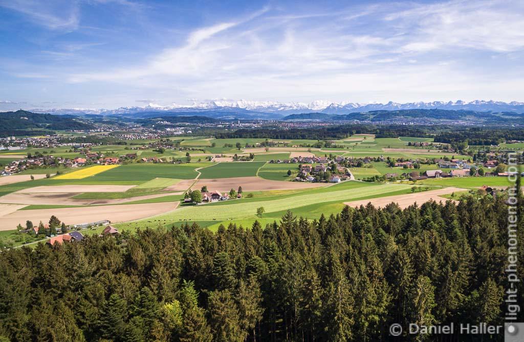 Kirchlindach mit den Berner Alpen im Hintergrund, Bern, light-phenomenon.com, Daniel Haller, Kirchlindach-0005