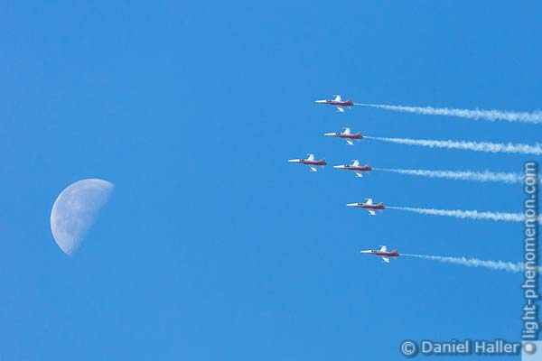 Patrouille Suisse, Northrop F-5E Tiger II, Swiss Army, Thun meets Army & Air Force - Daniel Haller, light-phenomenon.com, 20161022-thun_army-7009