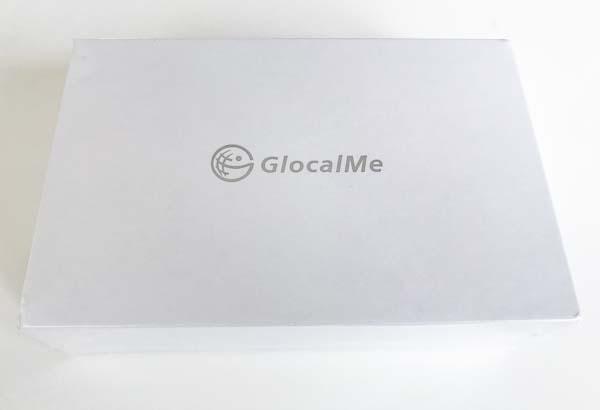 Der GlocalMe Hotspot wird in einer schlichten weissen Verpackung geliefert.